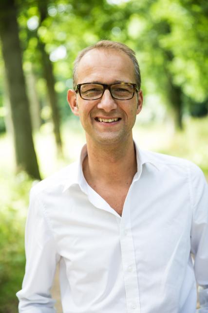 Drs. L. van Dalen